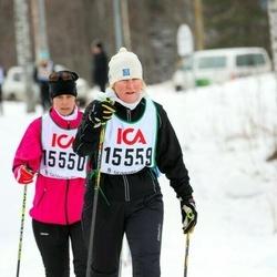 Skiing 30 km - Elisabet Gidlund (15550), Christina Bredal (15559)