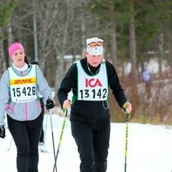 Skiing 30 km - Eva Åkerlind (13142), Anna Lodin (15426)
