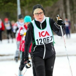 Skiing 30 km - Elisabeth Wall Bennet (12067)