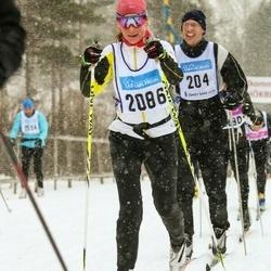 Skiing 90 km - Linnea Fryxell (2086)