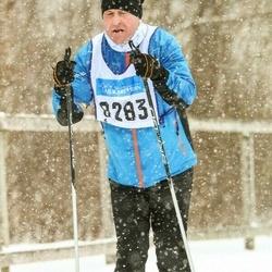 Skiing 90 km - Fredrik Thoren (8283)