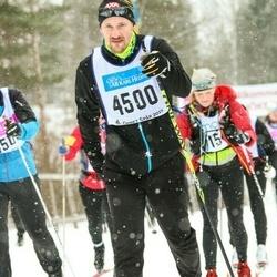 Skiing 90 km - Jonas Holmberg (4500)