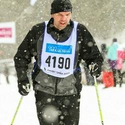 Skiing 90 km - Daniel Jakobsson (4190)