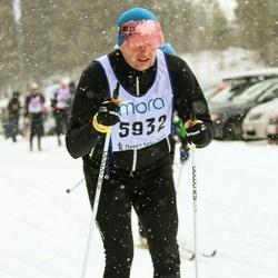 Skiing 90 km - Johan Åman (5932)