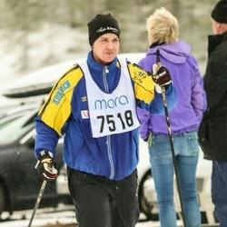 Skiing 90 km - Alexander Easterling (7518)