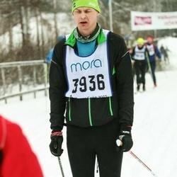 Skiing 90 km - Freddie Övegard (3936)
