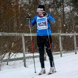 Skiing 90 km - Fredrik Ekman (4328)