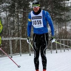Skiing 90 km - Henrik Engström (3039)