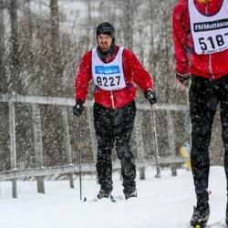 Skiing 90 km - Donny Ringius (8227)