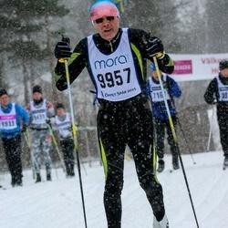 Skiing 90 km - Bertil Berglund (9957)