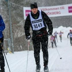 Skiing 90 km - Henrik Amanius (9343)