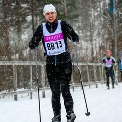 Skiing 90 km - Henrik Arnell (8813)