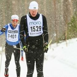 Skiing 90 km - Kristian Bergström (1529)