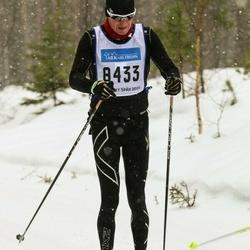Skiing 90 km - Thomas Rosendal (8433)