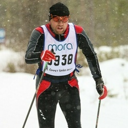 Skiing 90 km - Sergey Yarushin (3938)