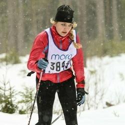Skiing 90 km - Victoria Thorn (3843)