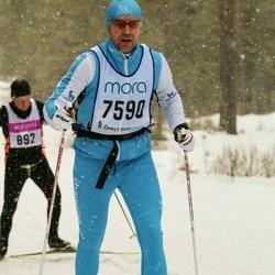 Skiing 90 km - Björn Bayer (7590)