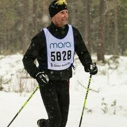 Skiing 90 km - Pelle Larsson (5828)