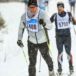 Skiing 90 km - Jon Lundqvist (6408)