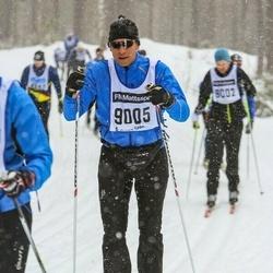Skiing 90 km - Mats Nelson (9005)