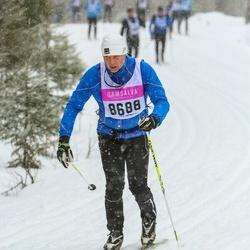 Skiing 90 km - Hasse Hermansson (8688)