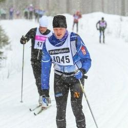 Skiing 90 km - Mikael Gottfridson (9045)