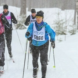 Skiing 90 km - Catrine Gustafsson (3860)