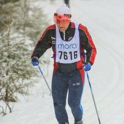 Skiing 90 km - Jarmo Elo (7616)