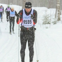 Skiing 90 km - Fredrik Lindell (9595)