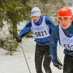 Skiing 90 km - Henrik Heilborn (5821)