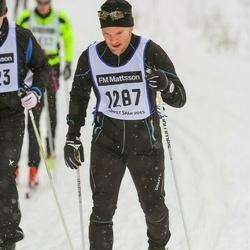 Skiing 90 km - Anders Blomqvist (1287)