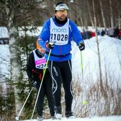 Skiing 90 km - Henrik Bergquist (11028)