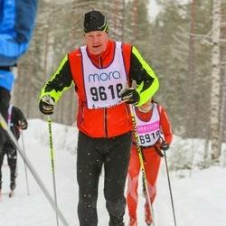 Skiing 90 km - Fredrik Gunnarsson (9618)