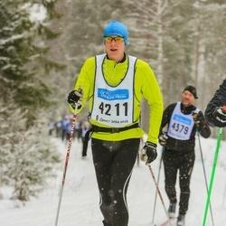 Skiing 90 km - Erik Thomke (4211)