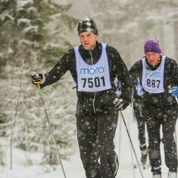 Skiing 90 km - Henrik Lundgren (7501)