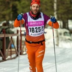 Skiing 90 km - Robert Karlsson (18257)