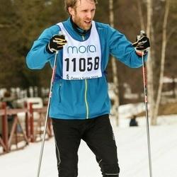 Skiing 90 km - Daniel Fransson (11058)