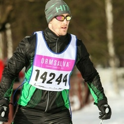 Skiing 90 km - Magnus Bodenäs (14244)
