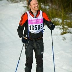 Skiing 90 km - Simon Persson (16306)