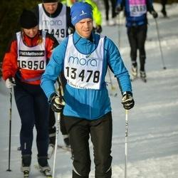 Skiing 90 km - Daniel Uddling (13478)