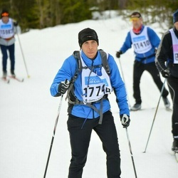 Skiing 90 km - Alex Petersen (17748)