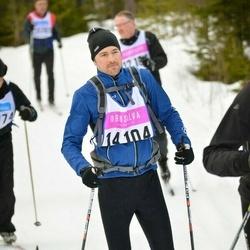 Skiing 90 km - Henrik Eng (14104)
