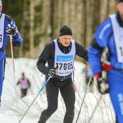 Skiing 90 km - Henrik Østergaard (17605)
