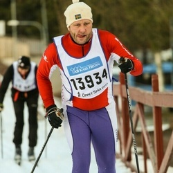 Skiing 90 km - Henrik Gabrielsson (13934)