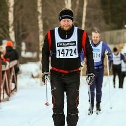 Skiing 90 km - Erik Nilsson (14724)
