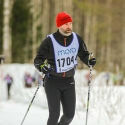Skiing 90 km - Anders Ljungqvist (17044)