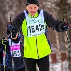 Skiing 90 km - Henrik Schultze (15423)