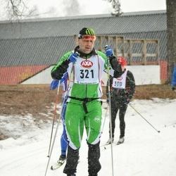 Skiing 45 km - Erik Blom (321)