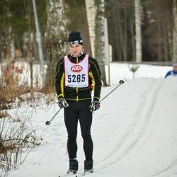 Skiing 45 km - Linus Elvstrand (5285)