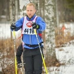 Skiing 45 km - Adam Johansson (4418)